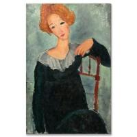 אישה עם שיער אדום