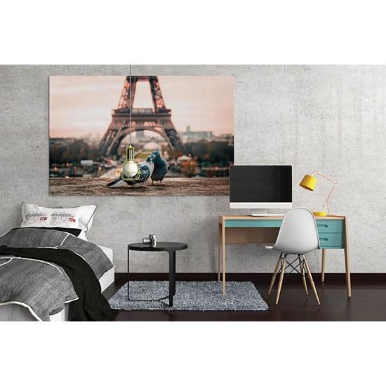 רומנטיקה בפריז