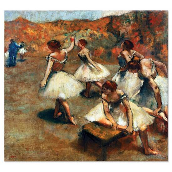 רקדניות על הבמה