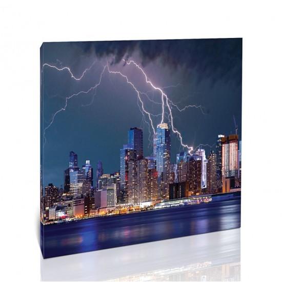 ברק מעל ניו יורק