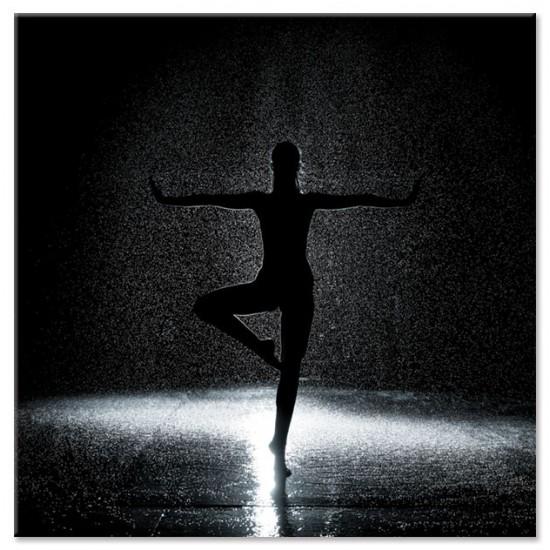 ריקוד בגשם