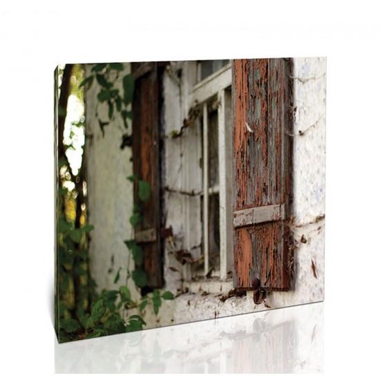 חלון מתקלף