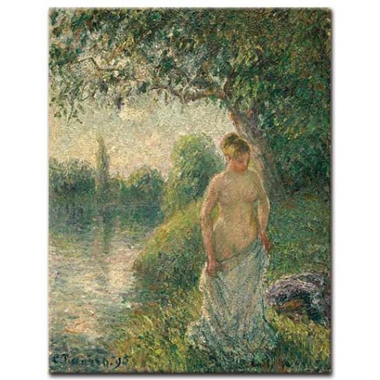 אישה רוחצת בנהר