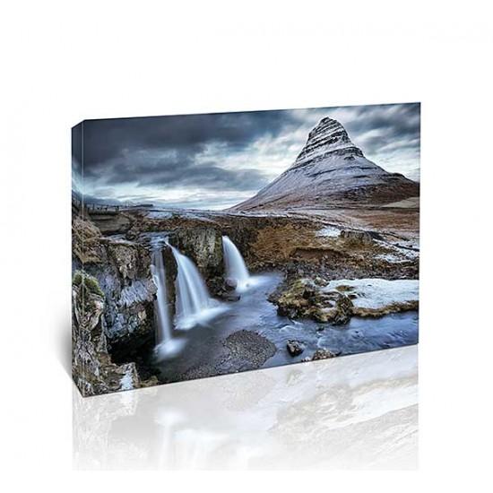 הר ומפל, איסלנד